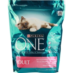 PURINA ONE Adult con Salmone e Cereali Integrali - 800gr